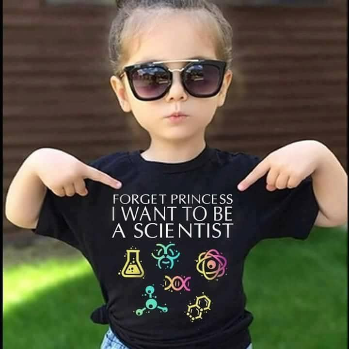 Little girl with a Scientis t-shirt